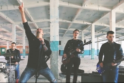 "Grupa Z-Scars publisko svaigu video jaunajai dziesmai ""Maratons""."