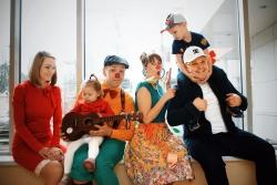 """Ivo Laumanis sadarbojoties ar Kristīni Šomasi izdod dziesmu projektam Dr.Klauns - """"Ir tavi smiekli"""""""